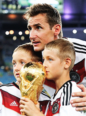 With_cup_klose